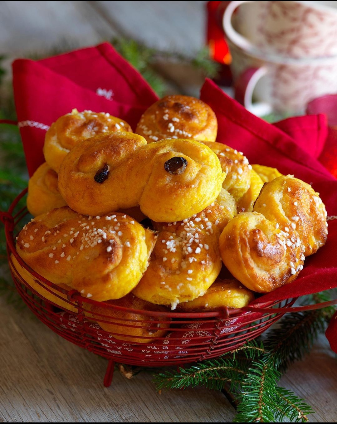 Swedish saffron bun recipe